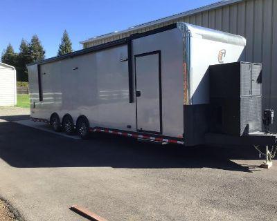 2021 inTech Trailers 32' Car / Racing Trailer