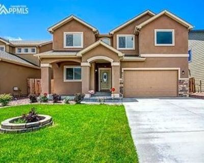 6734 Stingray Ln, Colorado Springs, CO 80925 5 Bedroom House