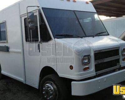 Freightliner MT16FD Step Van Kitchen Food Truck / Used Mobile Kitchen