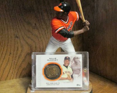 SAN FRANCISCO GIANTS HALL OF FAMER WILLIE MCCOVEY MCFARLANE & RING CARD DISPLAY!