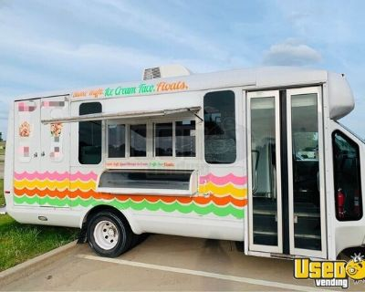 Well-Maintained Clean 2009 Ford F-450 Ice Cream /  Food Truck