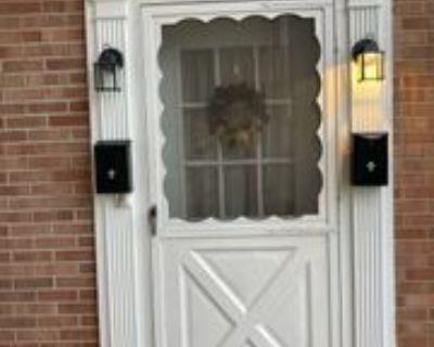 319 Johnet Dr #10, Saint Clairsville, OH 43950 2 Bedroom Apartment