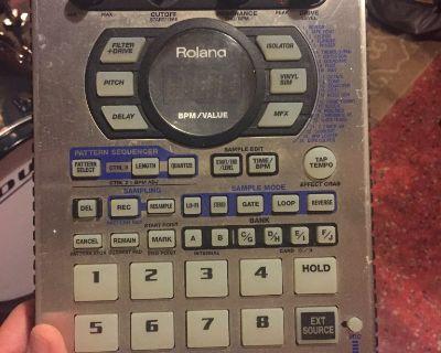 Roland SP-404 Sampling Workstation, Used, Fully Functional.