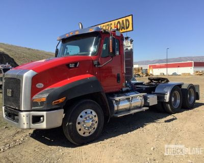 2013 Cat CT660 6x4 T/A Day Cab Truck Tractor