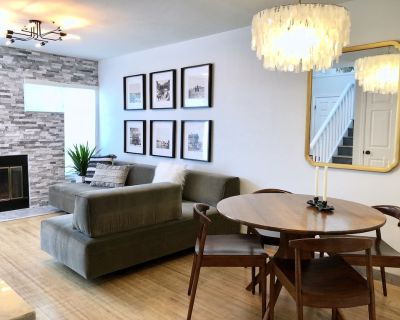 Walnut Mews - Quiet Creekside townhome next to Pearl Street - Whittier