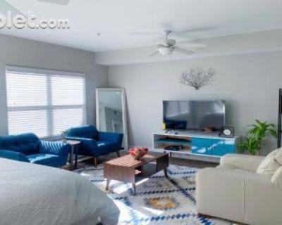 Studio Bedroom In Fulton County