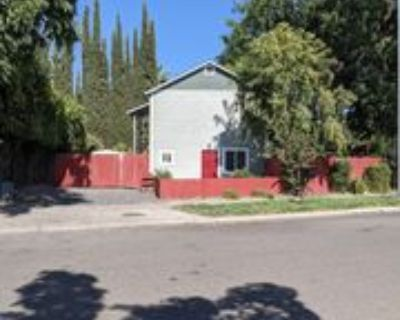 1410 Greenwich Dr #1, Chico, CA 95926 3 Bedroom Apartment