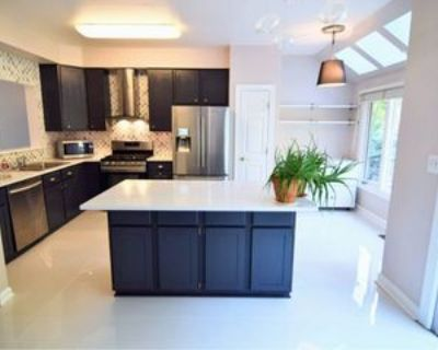 Huntley Meadows Ln, Groveton, VA 22306 2 Bedroom House