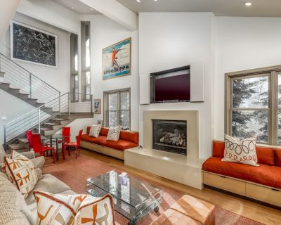 NEW LISTING!!! Beautiful, spacious ski-in/ski-out townhome in Silver Lake! - Park City
