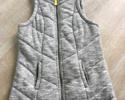 Maurice s Gray quilted vest (XS)