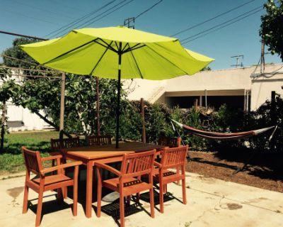 Retro Santa Monica Home with Huge Back yard!, Santa Monica, CA