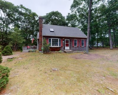 Comfy Beach House with Fenced in Yard, Outdoor Shower & Private Gas Grill - Eastham