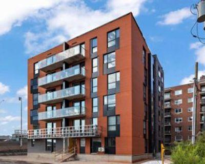 2449 Athlone Road #302, Mount Royal, QC H3R 3H1 2 Bedroom Condo