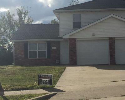 Apartment Rental - 1504 Riva Ridge
