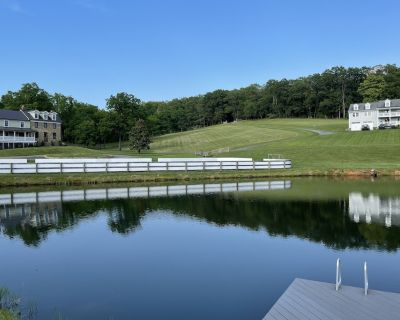 Trinity Farm Estate: Two Homes and Event Space - Loudoun County