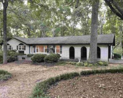 855 Rocky Ridge Ct, Stone Mountain, GA 30087 3 Bedroom Apartment
