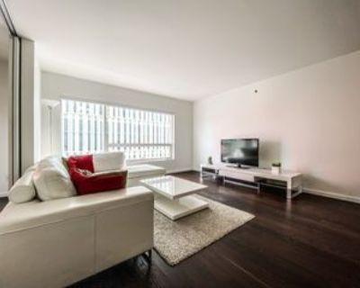 350 Boulevard de Maisonneuve Ouest #508, Montr al, QC H3A 1L6 1 Bedroom Condo