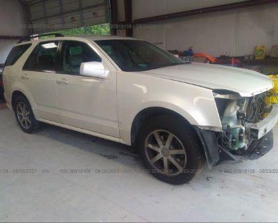 Salvage White 2004 Cadillac Srx