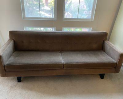 """Super Comfortable Couch in Pristine Condition - 89"""" x 35"""""""
