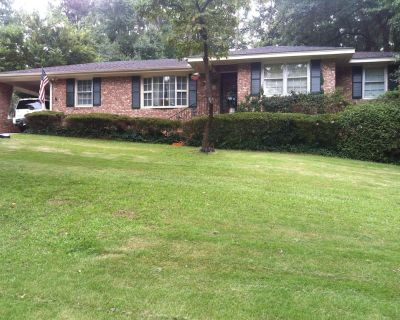Masters Rental: 4 Bedrooms, 4 bathrooms sleep 11 only 7 miles from the masters. - North Augusta
