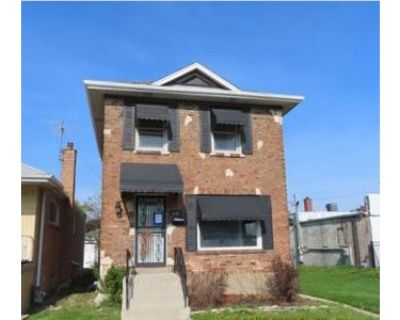 2 Bed 2 Bath Foreclosure Property in Bellwood, IL 60104 - Eastern Ave