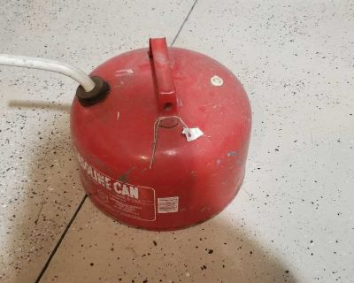 Metal gas can - collector