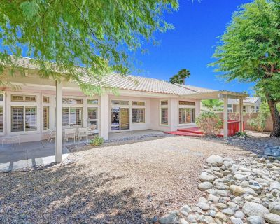 Resort home for adults w/ shared tennis, gyms, pool & 36 holes of golf! - Desert Palms
