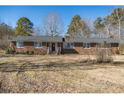 4 Bed 2 Bath Foreclosure Property in Smithfield, VA 23430 - Courthouse Hwy