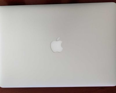 MacBook Pro 15-Inch i7 2.5GHz Mid-2015