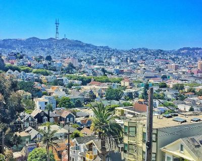 2-Bedroom Apt on beautiful hilltop, very easy street parking - San Francisco