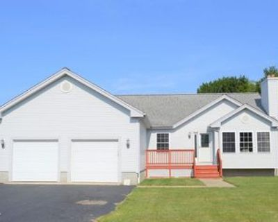 100 Compos St, Somerset, MA 02726 3 Bedroom House