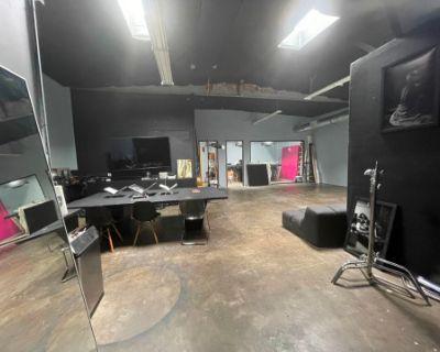 Huge Burbank Film and Photo Studio, BURBANK, CA