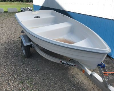 2014 West Marine White Dinghy Dinghies Hutchinson, MN