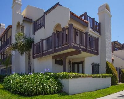 Gated Condo 1 Block Off the Sand - Downtown Pismo Beach
