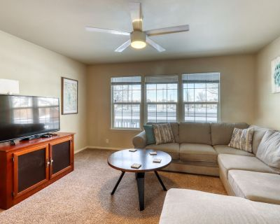 Dog-friendly Home w/ an Enclosed Yard & Bikes - Close to Parks & Downtown! - Veterans Park
