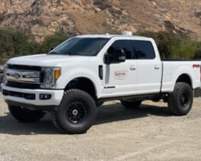2017 Ford Super Duty Chase Truck