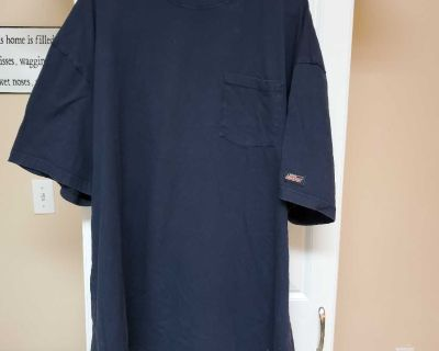 3XL, DICKIES, BLACK T-SHIRT, GREAT CONDITION, SMOKE FREE HOUSE