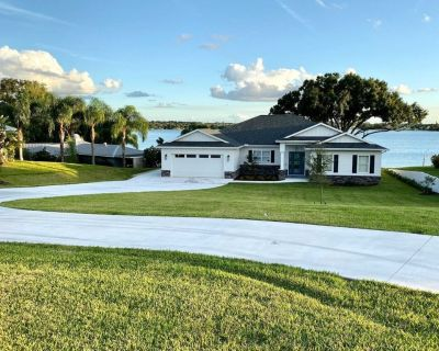 2019 Built Custom Home on Lake June with Beach, Dock and Huge Screened Patio! - Lake Placid