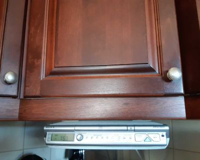 Sony Under cabinet radio/cd player