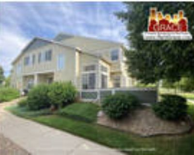 LEASE IN PROCESS DO NOT APPLY CHECK BACK 7/16 ~ Large 2 BD/2.5 BA Townhome!