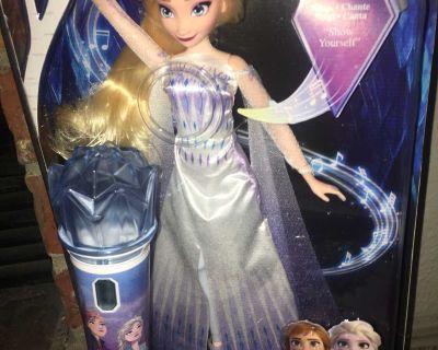 Frozen Doll/ Frozen Microphone