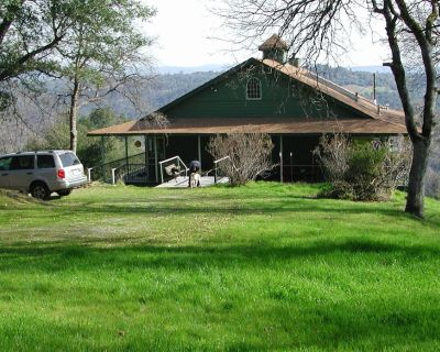 Lofty Haven with Panoramic Country View - Placerville