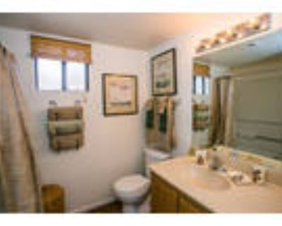Towne Square Apartment Homes - The Paloverde