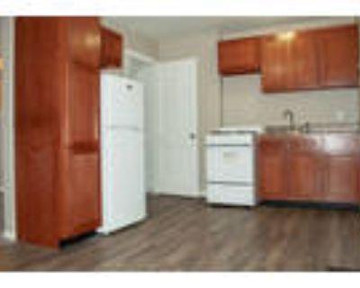 Glen Ridge Manor Townhomes and Flats (Indy Town) - Glen Ridge - 2 Bedroom