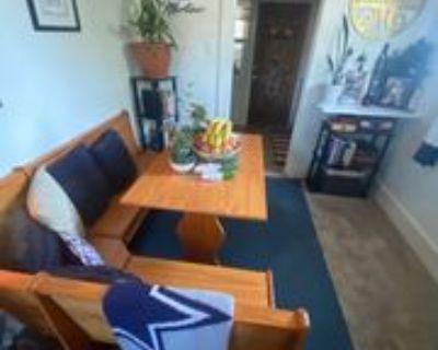 602 6th Ave #6, Holdrege, NE 68949 2 Bedroom Apartment