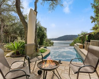Lakefront Resort-Style Home with Stunning Lakeviews, Waterfront Access & Pool - Lakehills