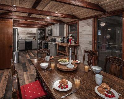 Cabin on Bear Creek - Ruidoso