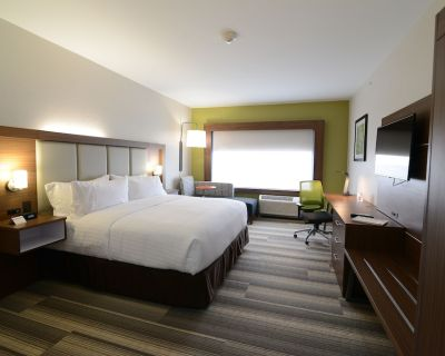 Holiday Inn Express & Suites Chicago North Shore - Niles, an IHG Hotel - Niles