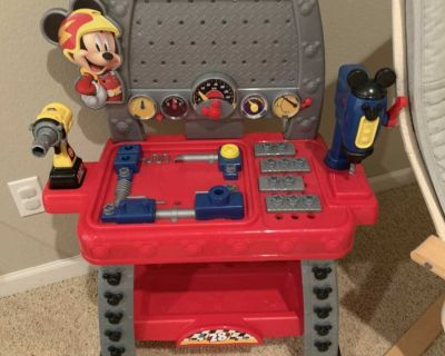 Mickey Mouse tool bench