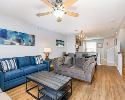 NEW! 3 Bed 3.5 Bath Vacation Townhome l 4005 - Orlando